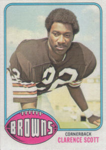 Clarence Scott 1976 Topps #107 football card